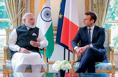 rencontre-emmanuel-macron-avec-narendra-modi-premier-ministre-indien