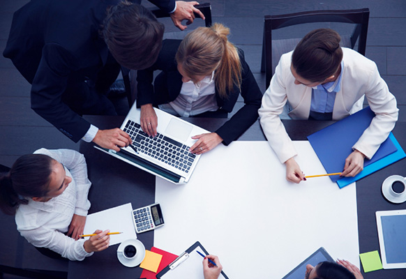 management-formation-bouscules-par-le-numerique