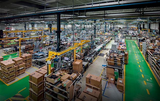 site-industriel-schneider-electric-le-vaudreuil-supply-chain-connectee